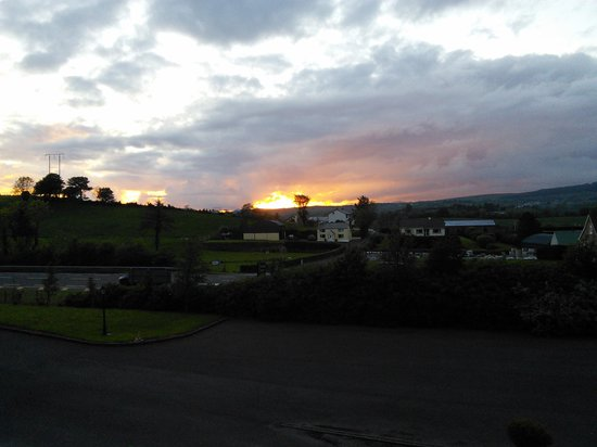 Donegal Manor: sunset seem from the room