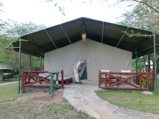 Mbuzi Mawe Serena Camp: Large luxurious tent