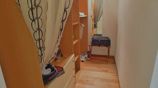 Villa Mary Suites: Calipso - walk in closet