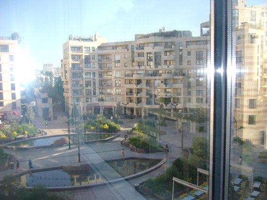 Evergreen Laurel Hotel: vista sulla piazza