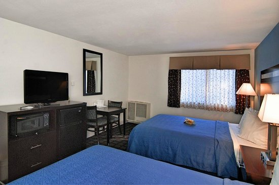 Quality Inn : One King Bed