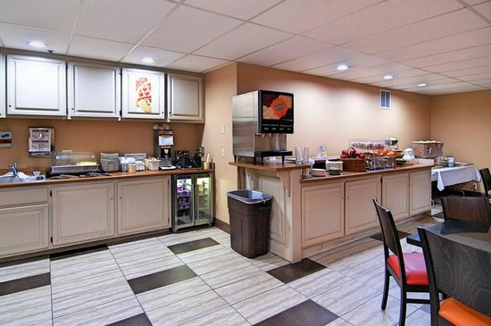 Quality Inn : Breakfast Room
