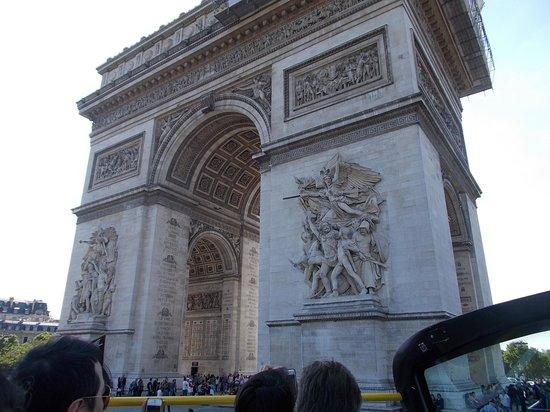 L'Open Bus Tour : arch 1