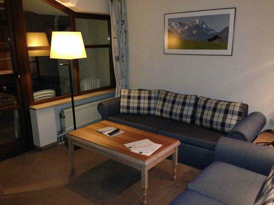 Dorint SportHotel: Wohnzimmer