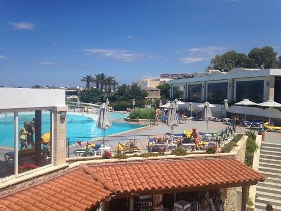 Annabelle Beach Resort : top pool