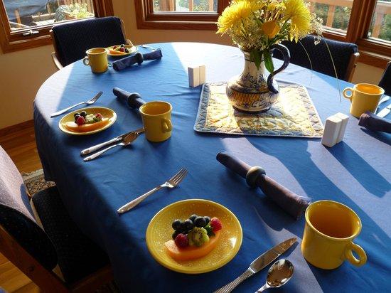 A Channel View B&B: Breakfast - day 1