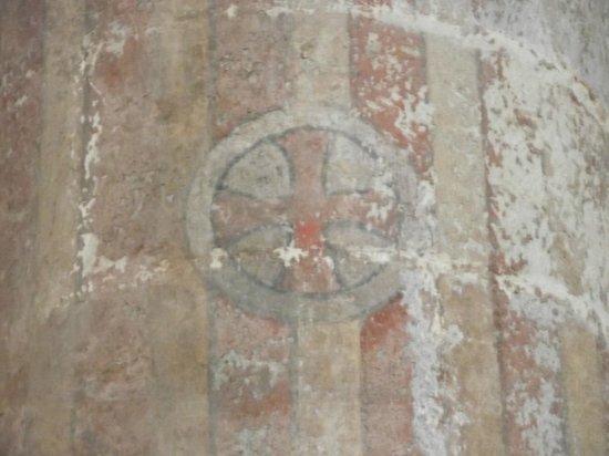 Groß St. Martin: Uma das paredes preservadas dos bombardeios da 2º Guerra Mundial.