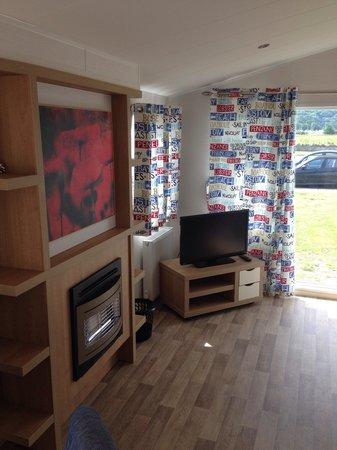 Presthaven Holiday Park: Lounge area prestige caravan