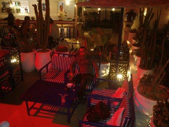 TAROS CAFE RESTAURANT : Super endroit à faire