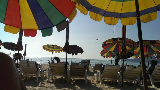 Patong Beach : Патонг