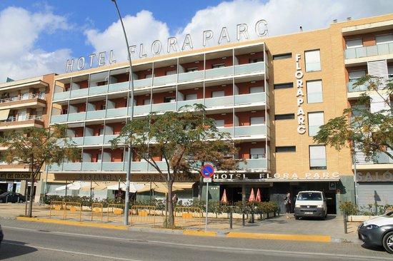 Hotel Flora Parc: Fachada