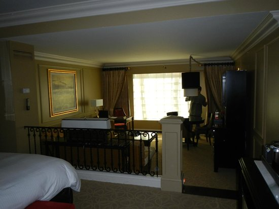 The Venetian Las Vegas: Sunken living room from the bedroom.