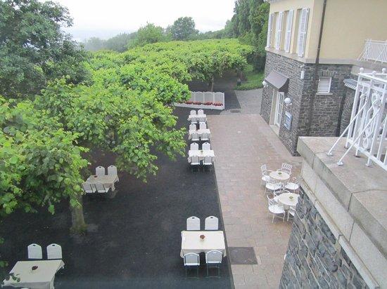 Steigenberger Grandhotel Petersberg: Hotel & Hotelgelände