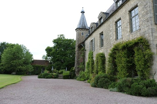 Chateau de Saint Paterne : View of Chateaux