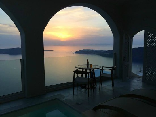 Gold Suites : Grand Suite at sunset
