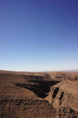 Sahara Tours 4x4 : Vallée du Draa (pas sûre)