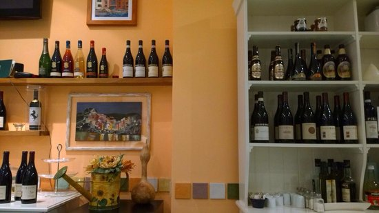 Ristorante Deco: If you look good, you will notice the special beers, one of them is 'Kwak', my personal favorite
