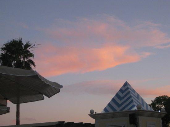 Adriana Beach Club Hotel Resort : evening view from dining room