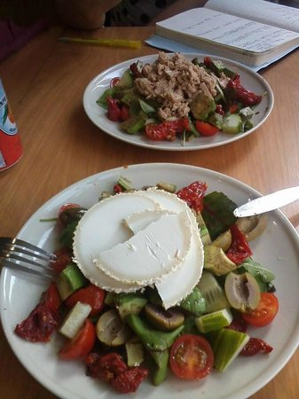 Deli Flavour Delicatessen & Catering
