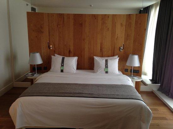 Holiday Inn Tbilisi: Room