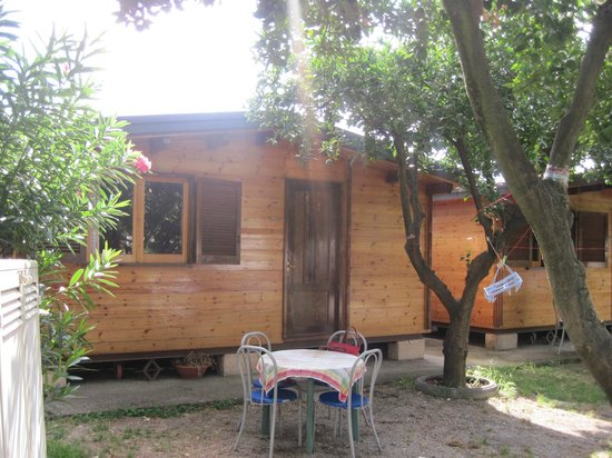 Camping Spartacus : Our Cabin