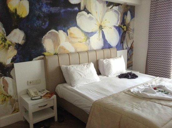 Voyage Belek Golf & Spa: Bedroom within Junior Suite