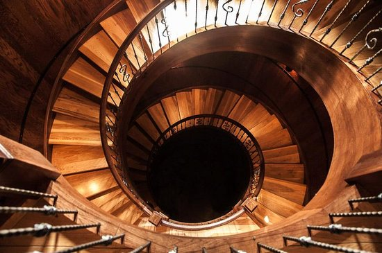 Creek's Edge Winery: The silo staircase