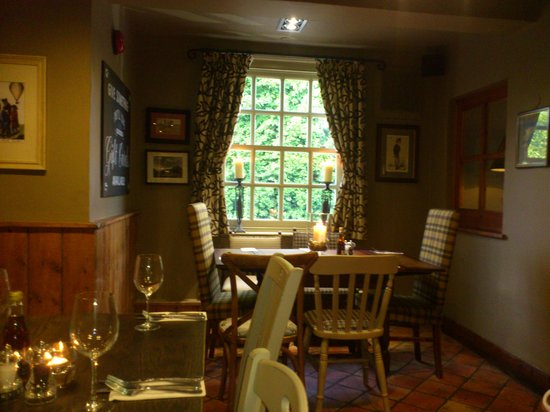 The Packe Arms: seating