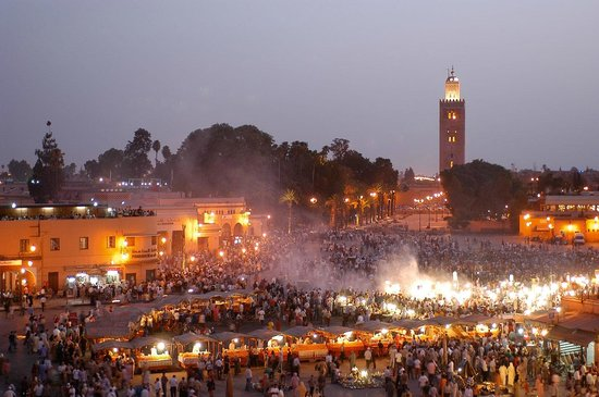 Morocco Discovery Holidays: Djemaa lefna square in marrakech