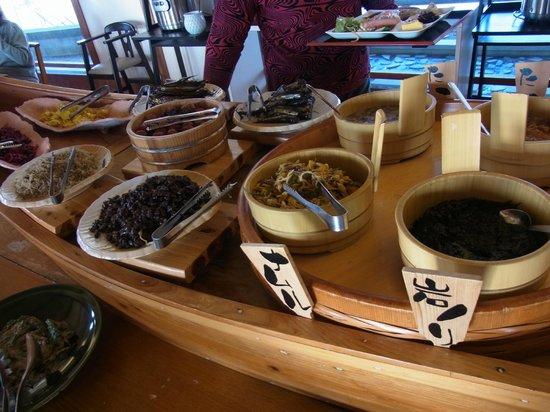 Himeyado Hanakazashi: 朝食ブツフェ、ナムル、岩海苔