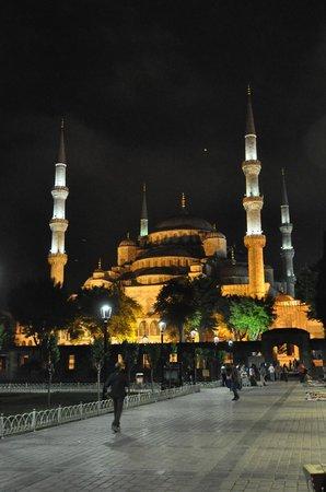 Mezquita Azul: moschea blu
