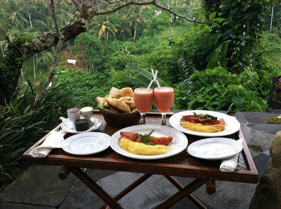Natura Resort and Spa : Breakfast on the terrace