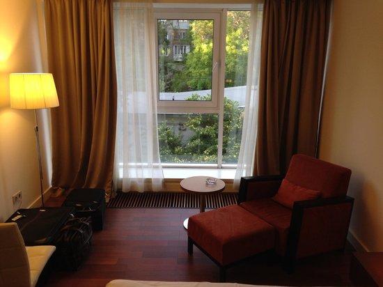 Worldhotel Saltanat Almaty : room