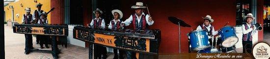 Alotenango, Guatemala: Marimba en vivo los domingos