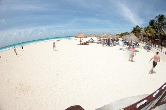 Allegro Playacar: playa inmejorable