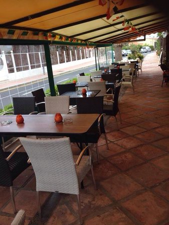 Aries Bar & The Gallipot Restaurant: Our terrace