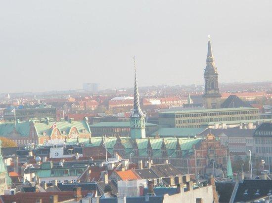 Torre Redonda (Rundetårn): Вид на крыши