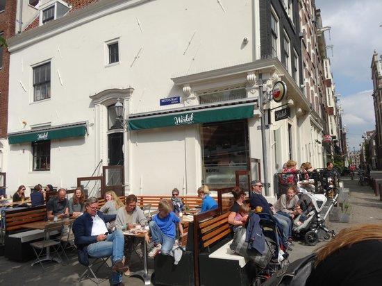 Winkel 43: Outside