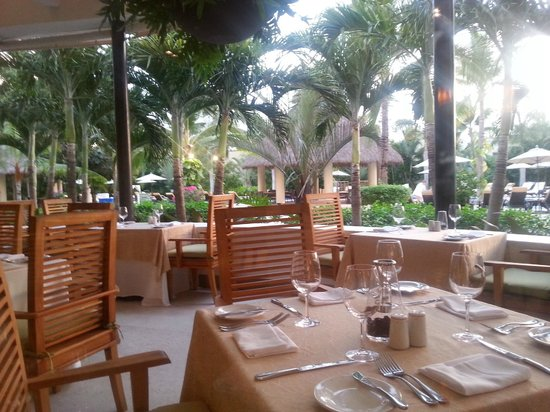 Marival Residences Luxury Resort: Resto Buffet