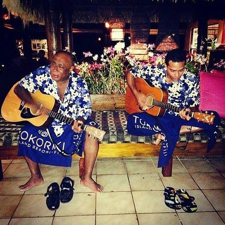 Tokoriki Island Resort: Staff at Tokoriki Paulo and Vili who serenade you at lunch and dinner.