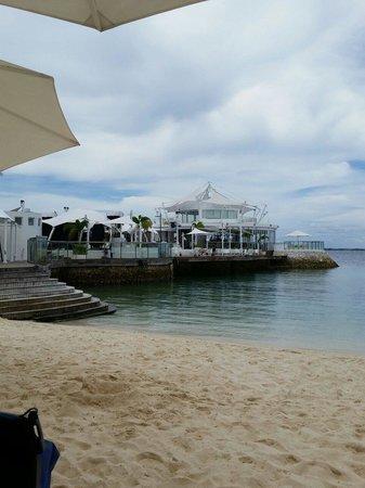 Movenpick Hotel Mactan Island Cebu: Ibiza Bar