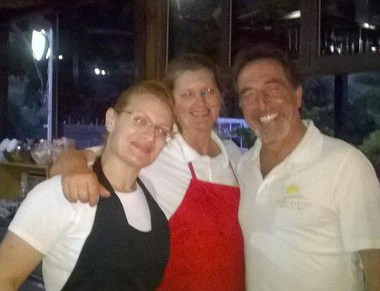 Evelin Hotel: Souvlaki night - the pool bar crew