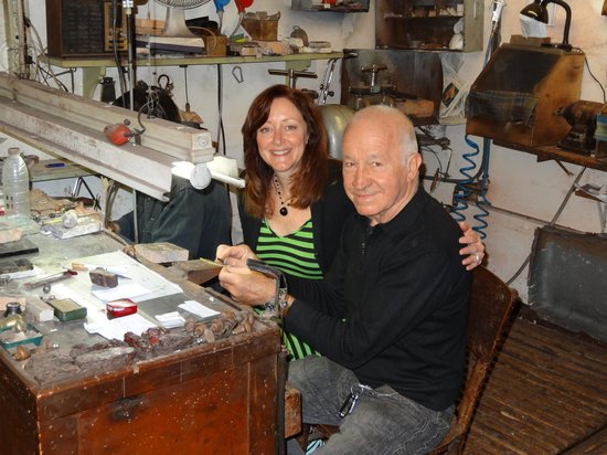 Florence Custom Tours: Michelle @ Jewelry Workshop