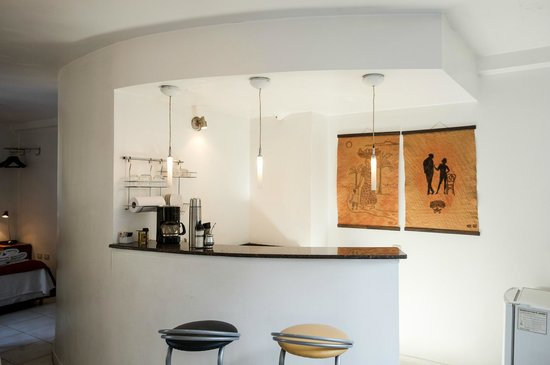Modigliani Art & Design Suites Mendoza: Cocina amoblada y equipada