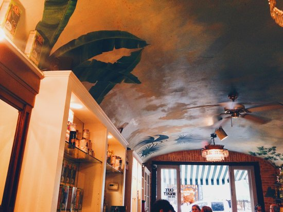Tastebud Tours Food Tours: cafe beignet from the inside