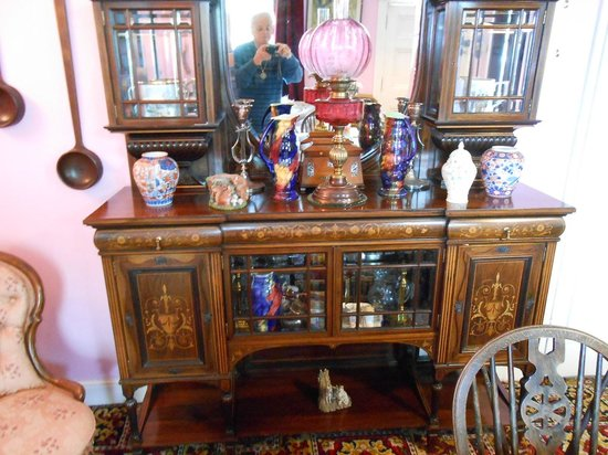 St James House : More lovely antiques