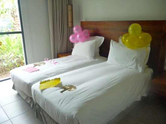 Hilton Fiji Beach Resort & Spa: Girls Room