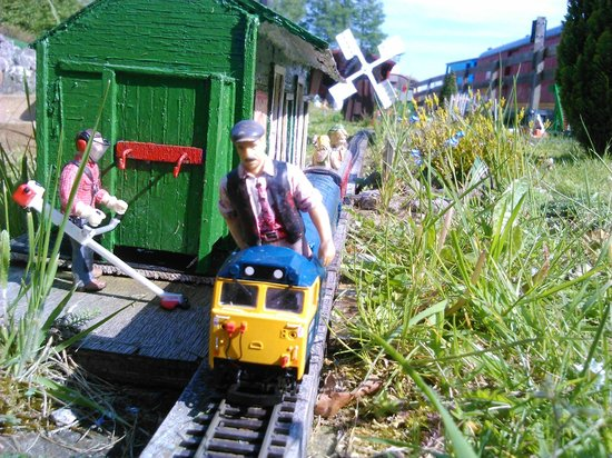 Miniature Railway representation on the Garden Railway - Picture of ...