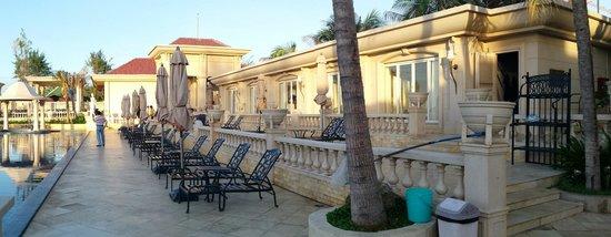 The Imperial Hotel: Beach Club