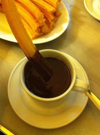 Chocolatería San Ginés: Churros et chocolat chaud